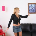 Damsel In Distress Nicole Moore Thanks A Helpful Guy 03