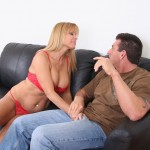Damsel In Distress Nicole Moore Thanks A Helpful Guy 04