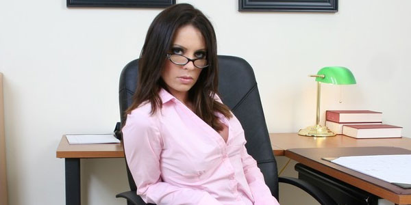 Vanessa Lane Pays For Lunch with Her Shaved Pussy